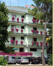 Hotel meuble moreri grado italien for Hotel serena meuble grado